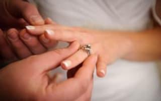 Marriage tax break 'hits women'