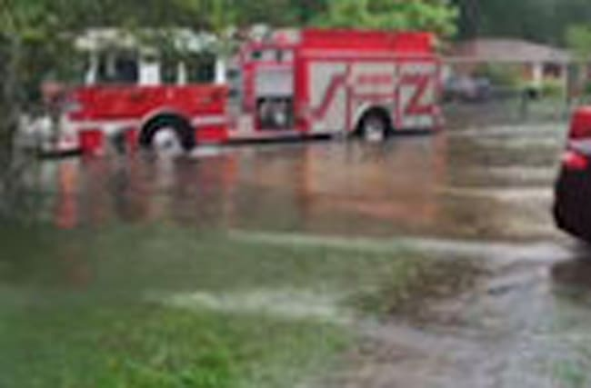 Raw: Heavy Rains Flood South Carolina Coast