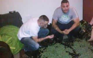 Phone photos see drugs gang jailed