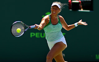 Azarenka on the brink of defeat in comeback match