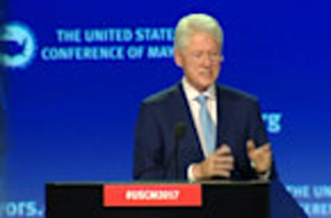 Bill Clinton talks 'good politics' with mayors across the country
