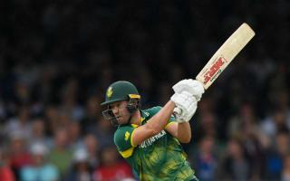 De Villiers intends to retain captaincy despite Champions Trophy woe