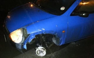 Drunk motorist drove for two miles with missing wheel