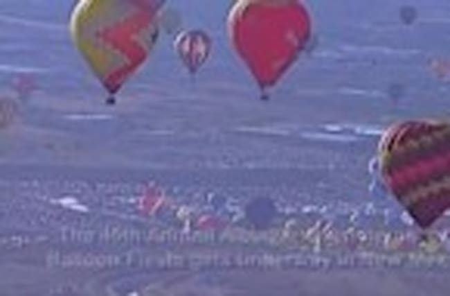 Hot air balloons color NM sky