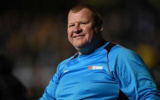 Sutton's pie-munching keeper Shaw resigns