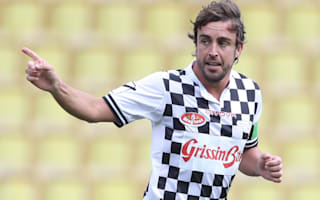 Alonso scores free-kick stunner in pre-Monaco GP charity match
