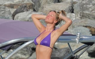 Denise Van Outen shows off Strictly amazing bikini body in Dubai