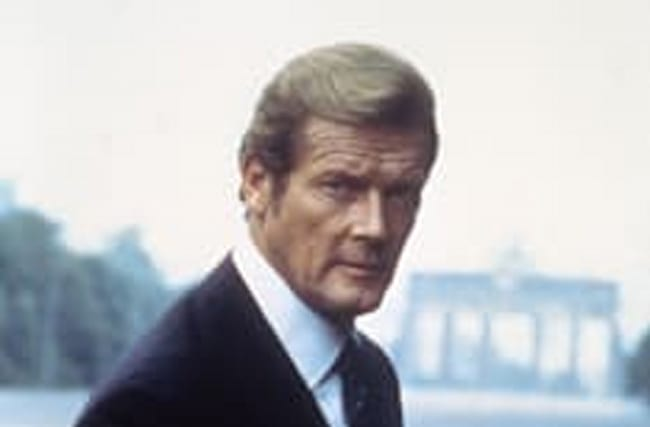 Sean Connery and Daniel Craig pay tribute to Roger Moore
