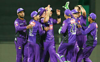 Hussey effort in vain as Hurricanes beat Thunder