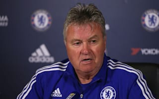 Hiddink to stay at Chelsea in advisory role