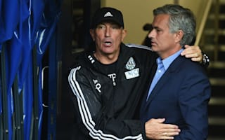 Mourinho hails 'trophy-winner' Pulis