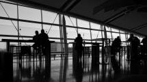 Qué comidas deberías evitar a toda costa en un aeropuerto