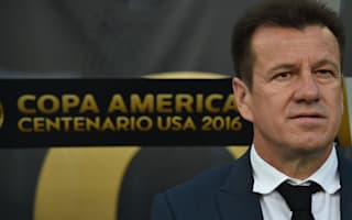 Pele defends Dunga: It's not his fault