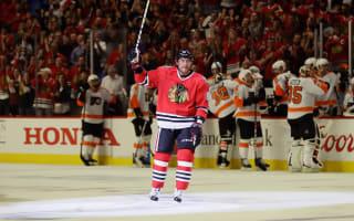 Hossa scores 500th NHL goal, Lightning win