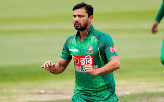 Golden duck and Malinga hat-trick - but Mortaza ends on a win