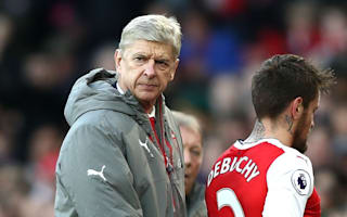 Wenger plays down Debuchy frustrations