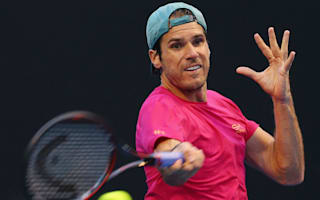 Keep off the court! - Giant iguana halts Vesely-Haas match in Miami