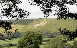 Chalk horse landmark in Dorset 'ruined by Challenge Anneka' restored