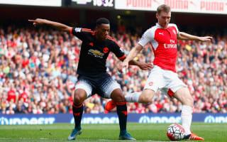 Mertesacker eyeing United double