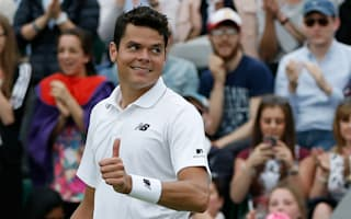 Murray and Raonic advance as Thiem crashes out