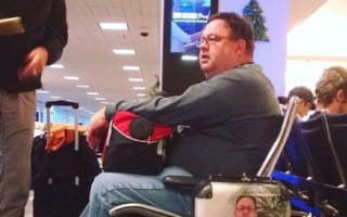 Man's original way never to lose airport luggage again