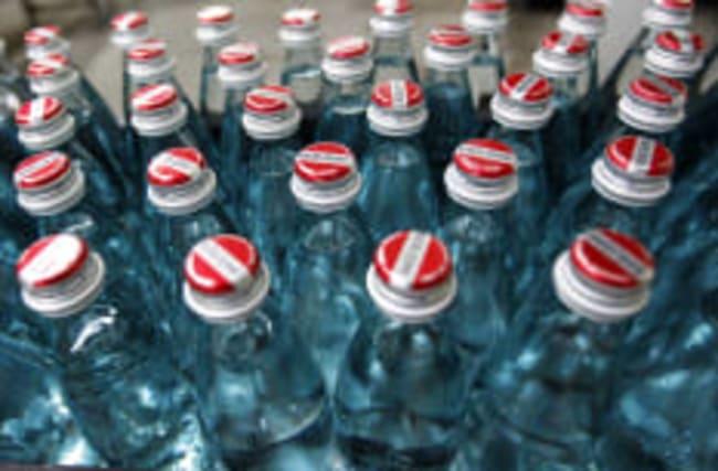"""Rückstände in Mineralwasser: """"Stiftung Warentest"""" warnt"""