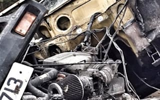 Jeremy Clarkson tweets mysterious picture of wrecked car