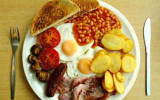 Brits on holiday shun foreign meals in fear of food poisoning