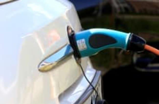 Voll unter Strom: 50 E-Autos und Plug-in-Hybride in der Übersicht