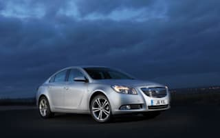 Twin turbo Insignia breaks Vauxhall record