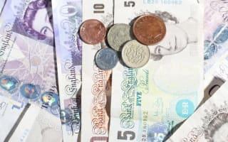 5 families richer than poorest 20%