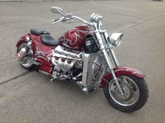 Someonebuilt an insane 500bhp, V8-poweredmotorcycle