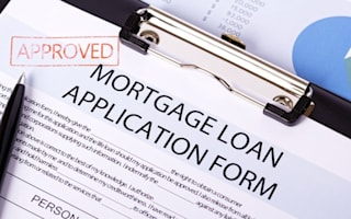 Ten-year mortgage rates fall - time to fix for a long time?