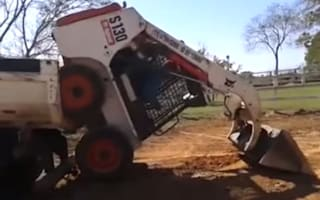 Video: The slick way to load a digger onto a lorry