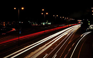 Top tips for driving in the dark
