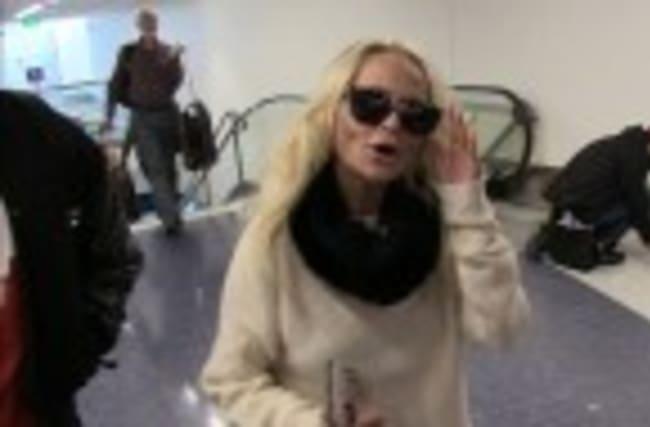 Kristin Chenoweth's Boobs Were Under Control During 'Hairspray Live'