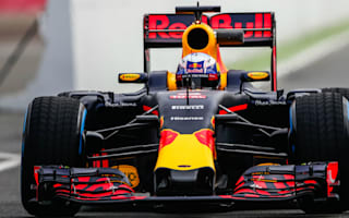 Ricciardo remaining positive despite no engine gains