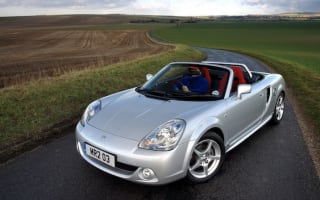 The Top 10 convertibles for brave winter buyers