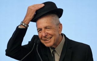 Revered singer and songwriter Leonard Cohen dies aged 82