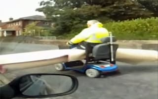 Video: OAP avoids home delivery charges with his trusty scooter