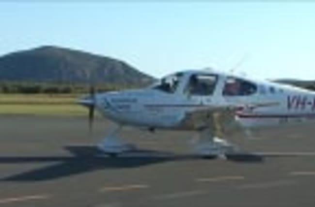 Aussie teen flies around the world solo