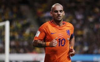 Sneijder hits out at 'jealous' critics after matching Van der Sar record