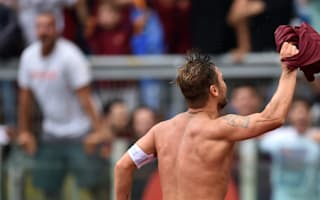 Totti scores last-gasp winner after weather delay