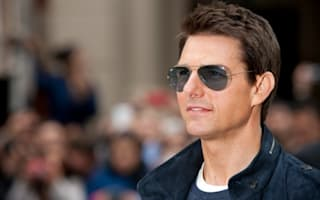 Tom Cruise goes for a curry in St Albans