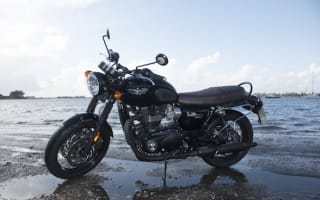 First Ride: Triumph Bonneville T120 Black