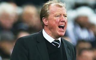 McClaren backs De Jong to find form