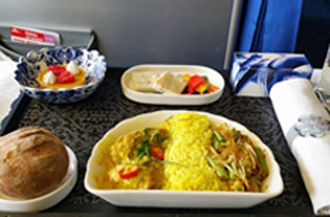 Pictures reveal the best and worst in-flight meals