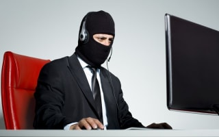 Just hang up!  Don't fall prey to the Tech Support Scam