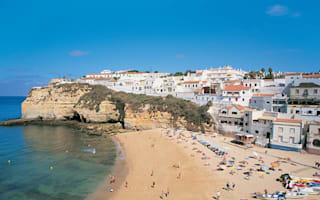 British toddler drowns in swimming pool accident in Portugal