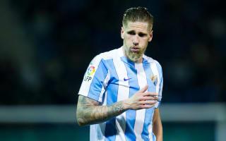 Deportivo confirm Albentosa signing